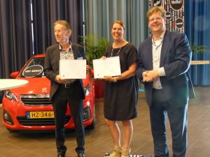 Uitreiking certificaten NHL Eiso Bleeker Hans Sangers
